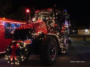 The best decorated farm equipment entry by Reis Equipment. Zandbergen photo, Nation Valley News